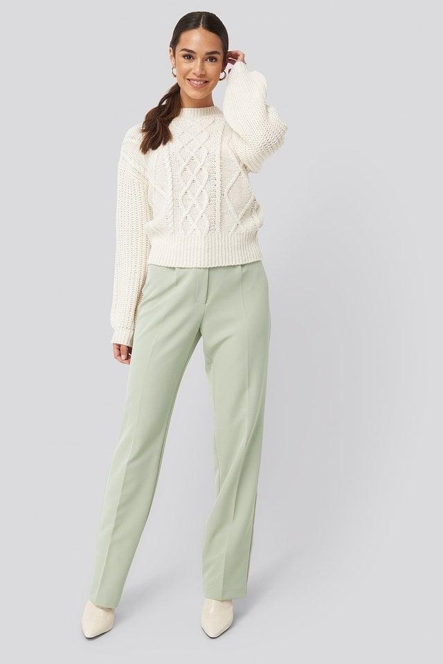 Offwhite Sweter Z Balonowymi Rękawami