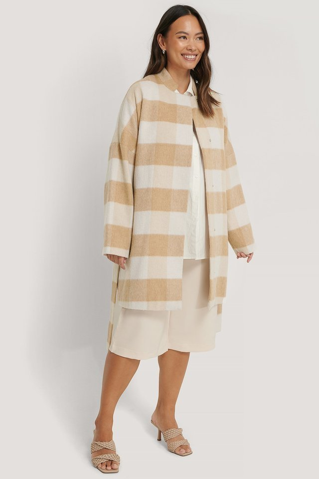 Wool Blend Checked Short Coat Beige.