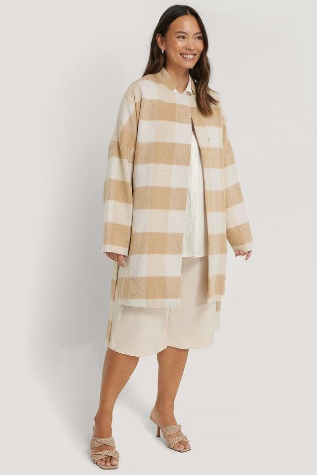 Wool Blend Checked Short Coat Beige.