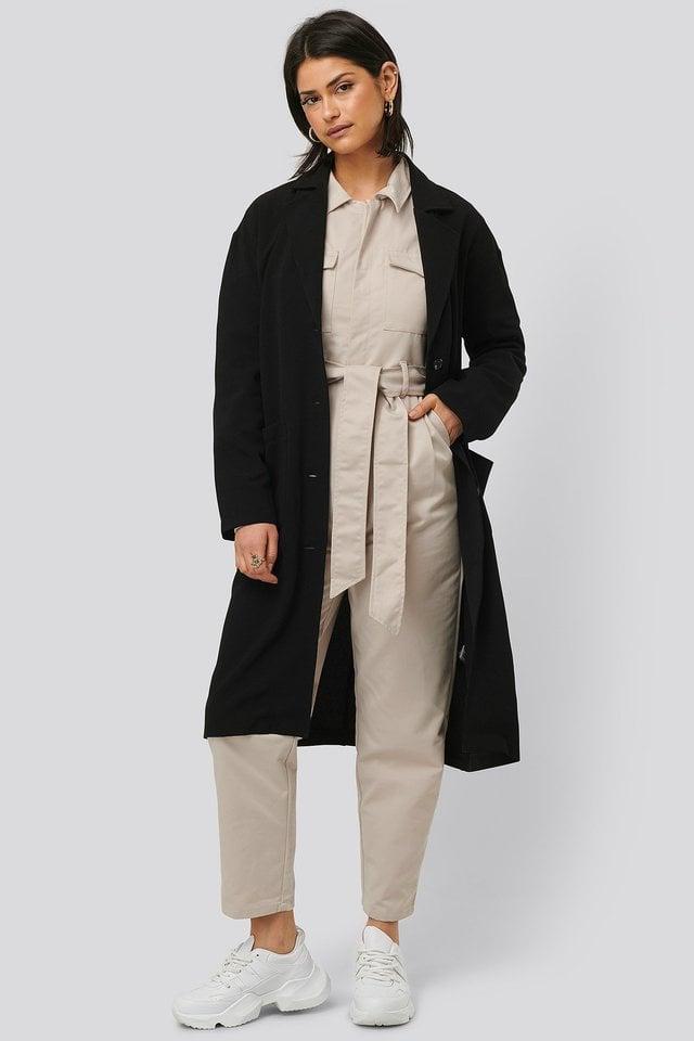 Big Pocket Light Coat Black Outfit.