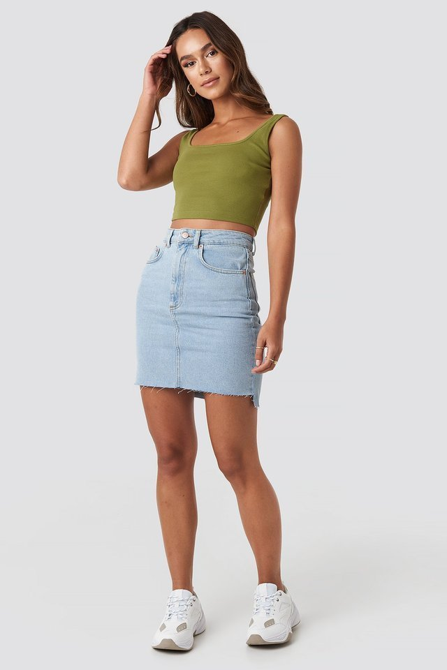 Square Neck Crop Top Outfit.