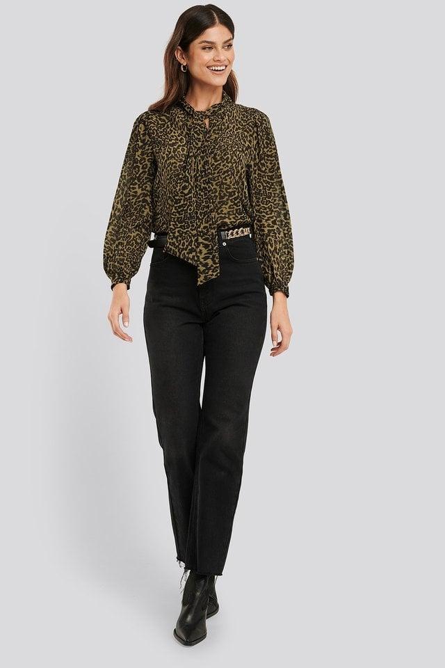 Lyon Blouse LS Outfit.