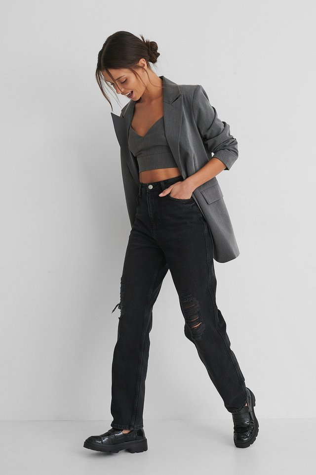 Destroyed Straight Fit High Waist Jeans Black Outfit.
