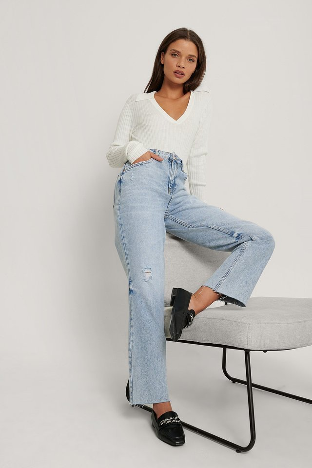 Small Ripped Details Straight High Waist Jeans Blue Outfit.