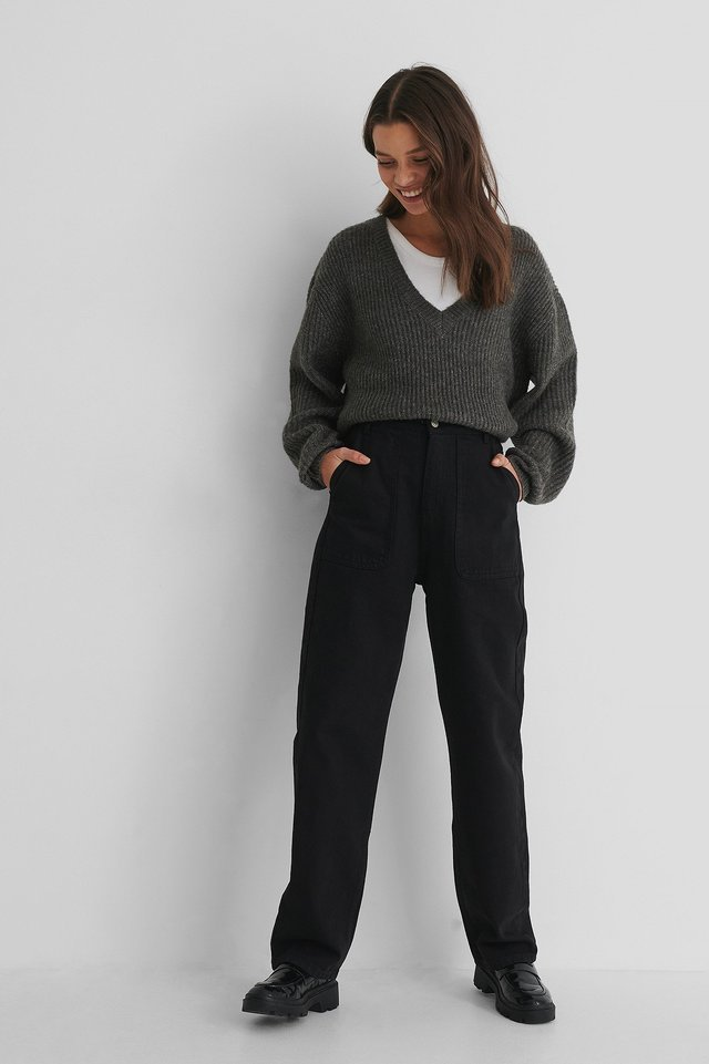 High Waist Straight Jeans Black Outfit.
