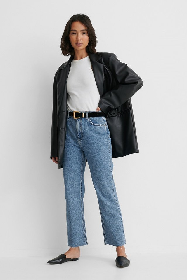 Rigid High Waist Straight Cropped Jeans Blue Outfit.