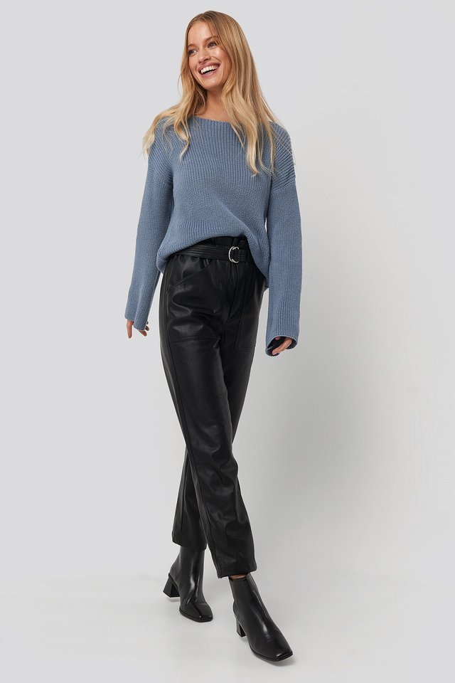 Cropped Long Sleeve Knitted Sweater Outfit.