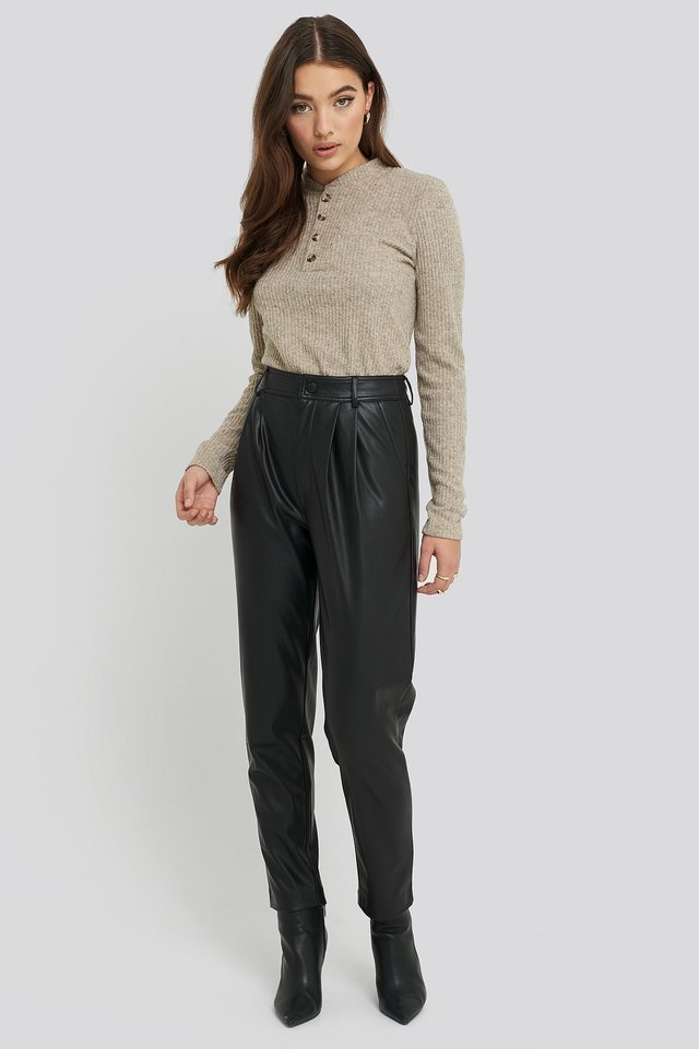Button Detail Long Sleeve Ribbed Top Outfit.