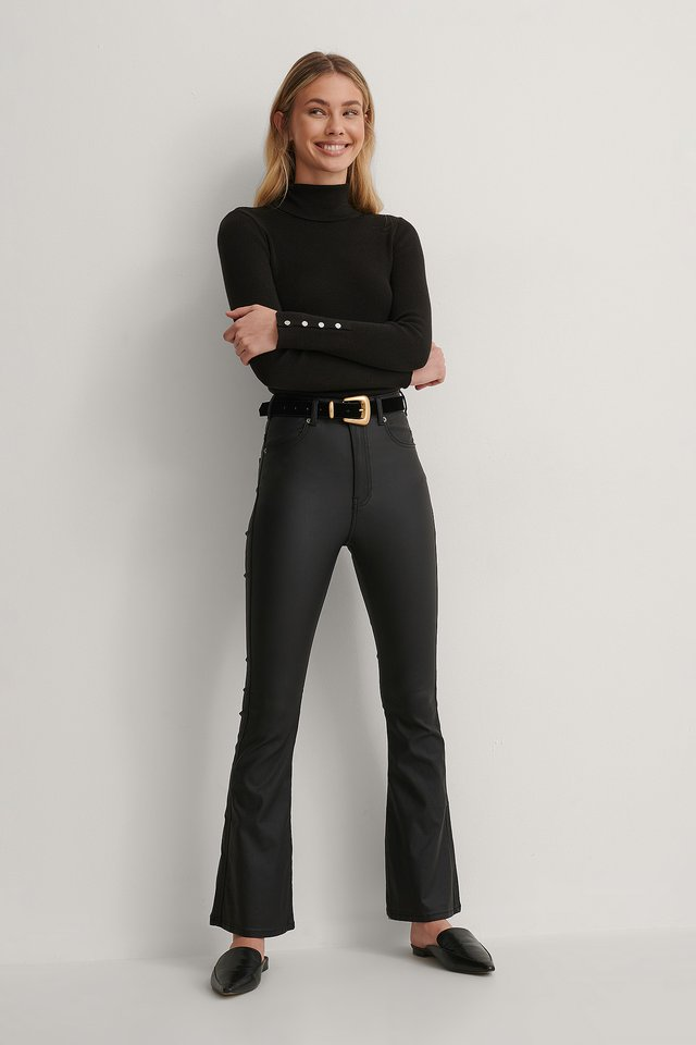 Moxy Flared Jeans Outfit.