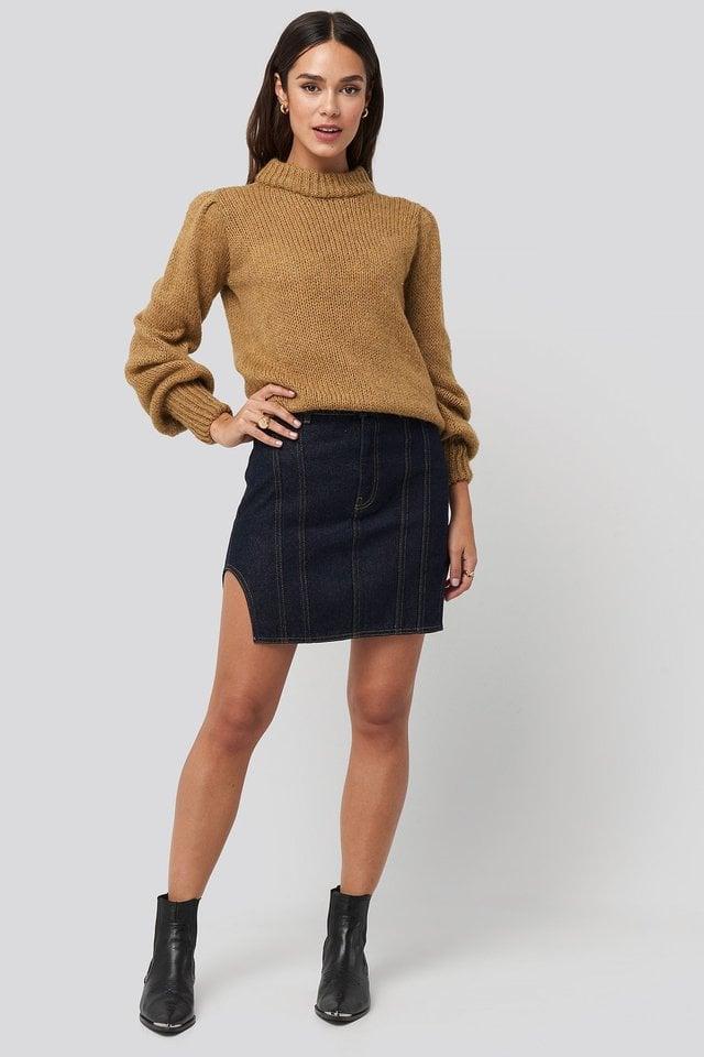 Waist Dart Detail Denim Mini Skirt Outfit.