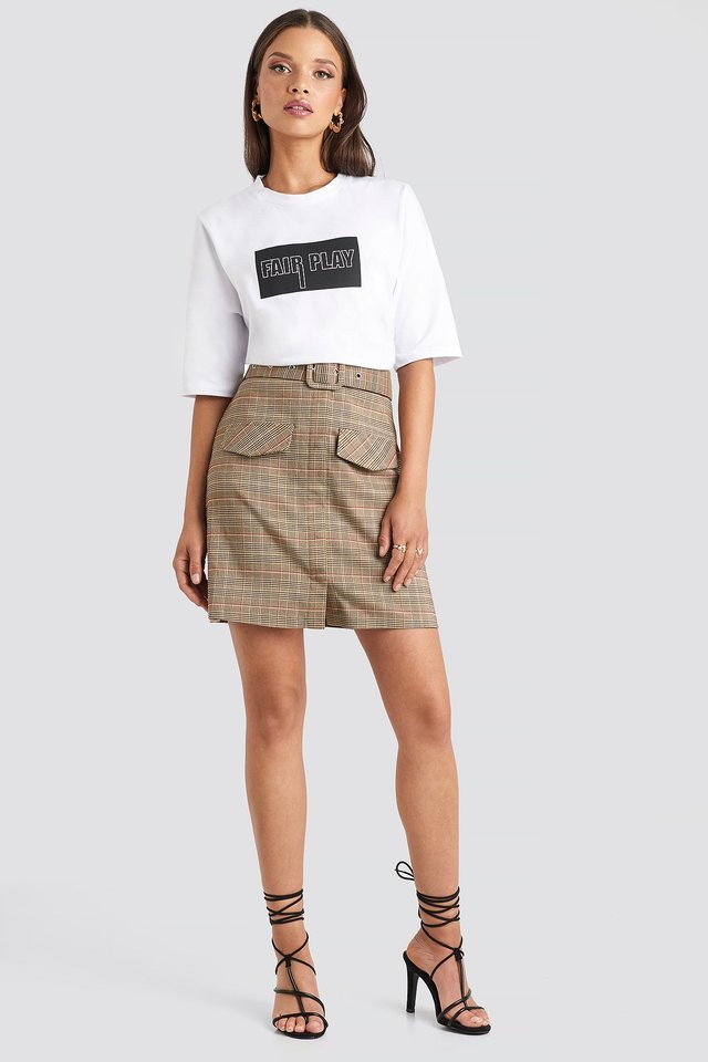 Front Pocket Checked Skirt Outfit.
