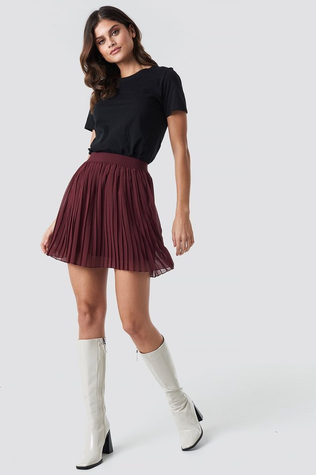 Dark Red Mini Pleated Skirt