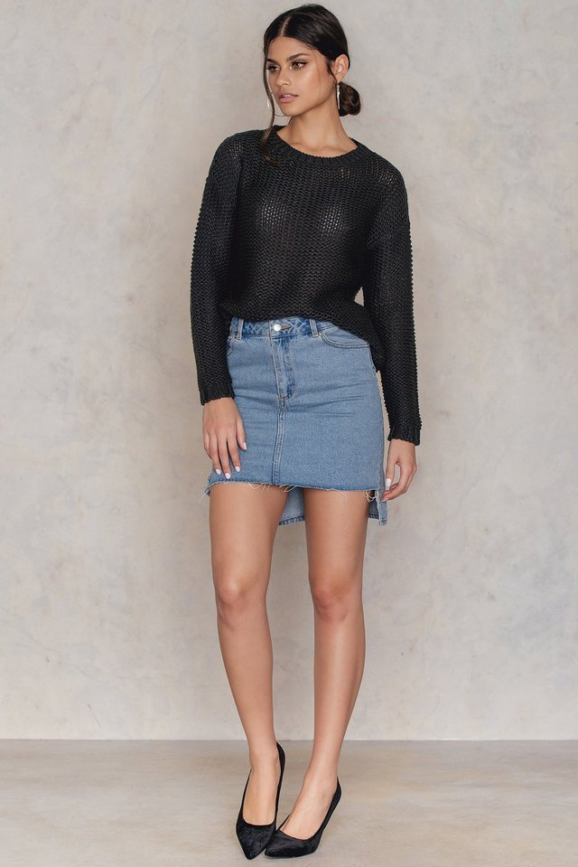 Gella Deep Back Knit Outfit.