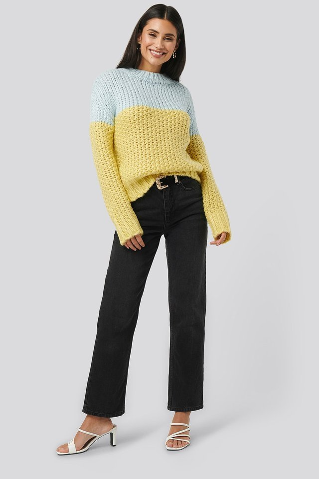 Heavy Knitted Wide Rib Sweater Outfit.