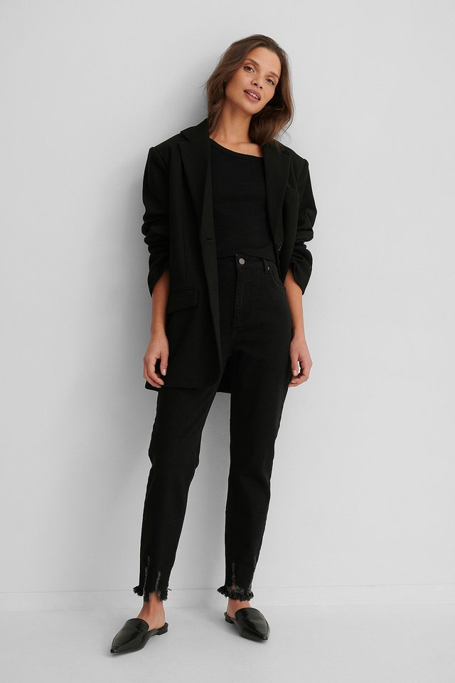 Ripped Hem Slim Fit Jeans Black Outfit.
