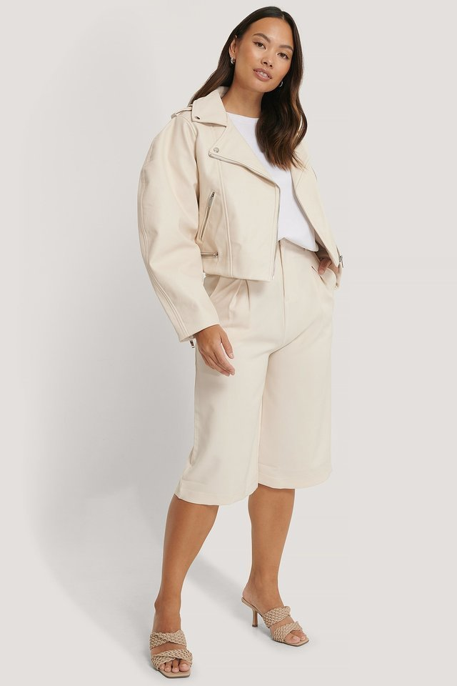 Balloon Sleeve Biker PU Jacket Offwhite Outfit.