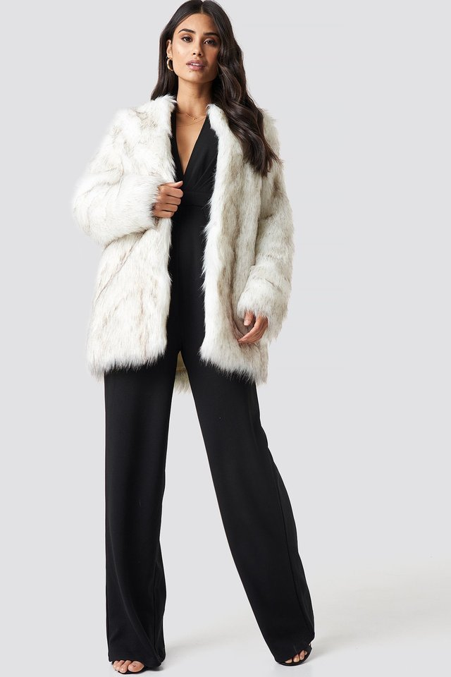 Round Neck Faux Fur Jacket White Outfit.