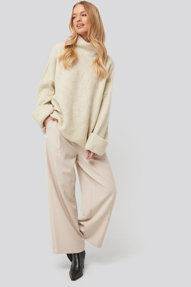 Folded Sleeve Turtle Neck Knitted Sweater Outfit.