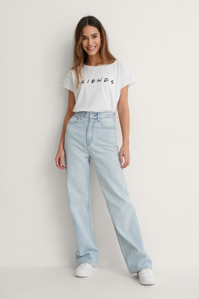 FRIENDS Print Raw Edge Tee Outfit.