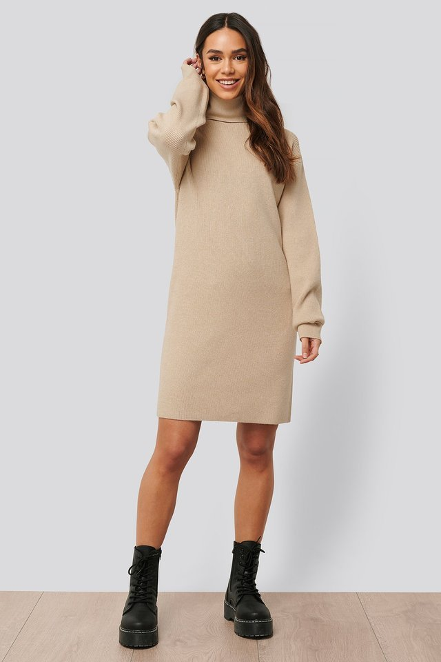 High Neck Oversized Long Knit Outfit.