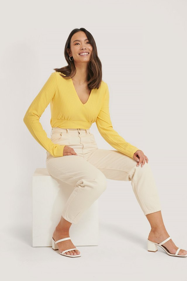 Ribbed Marked Waist Top Outfit.