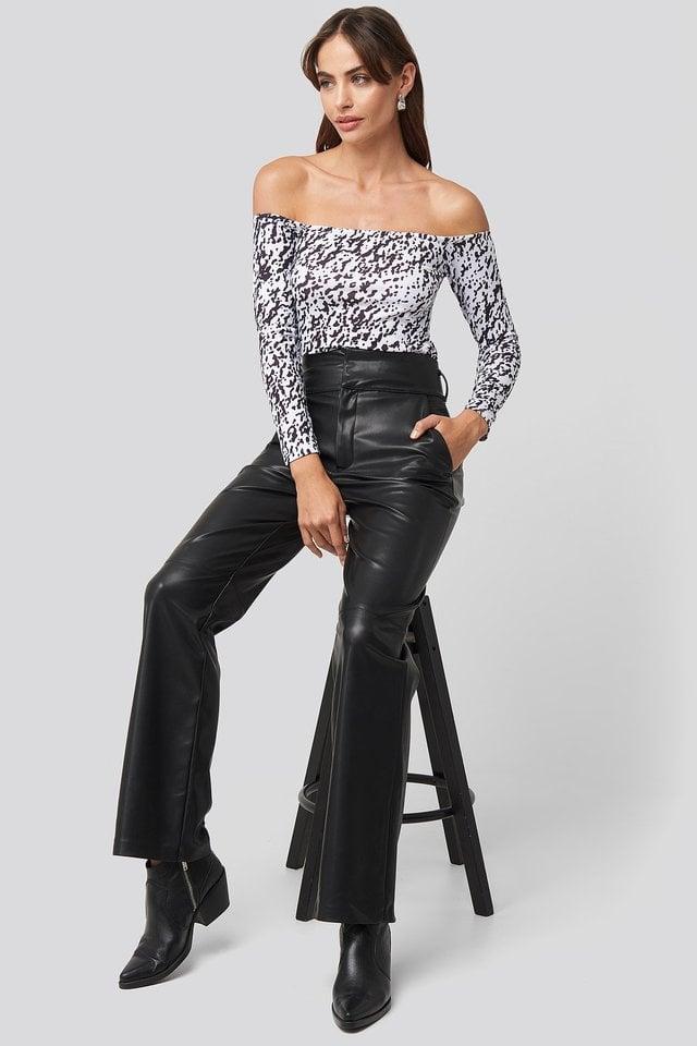 Bardot Top Outfit.