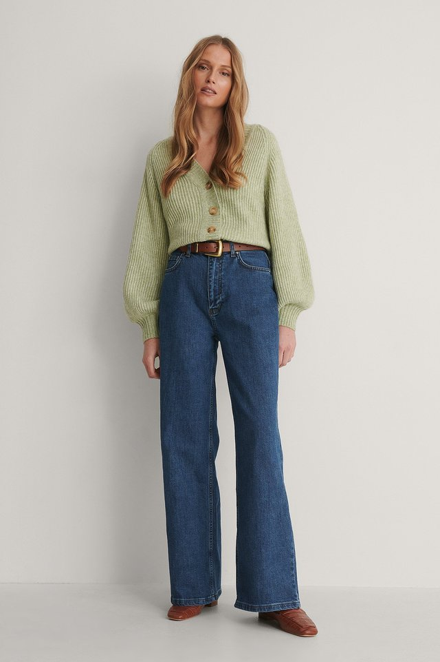 High Waist Wide Jeans Blue Outfit.