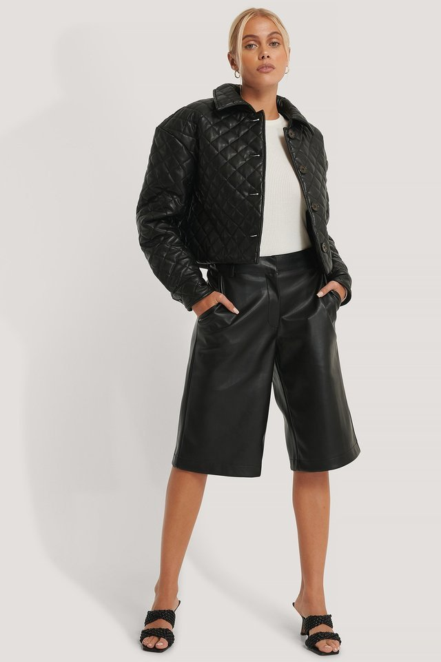 Quilted Short PU Jacket Black Outfit.