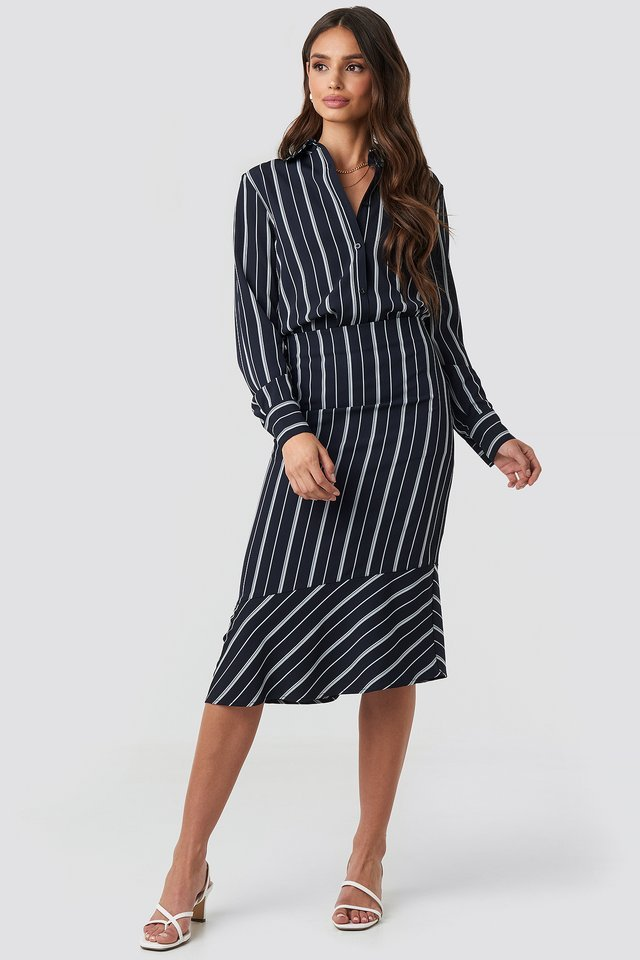 Oversized Straight Striped Shirt Outfit.