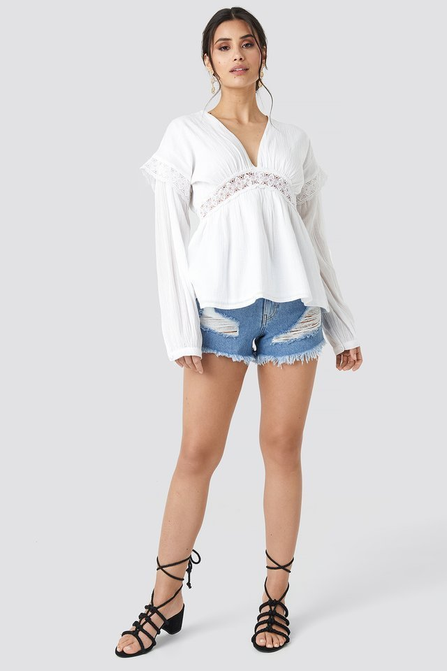 Puff Sleeve Blouse Outfit.
