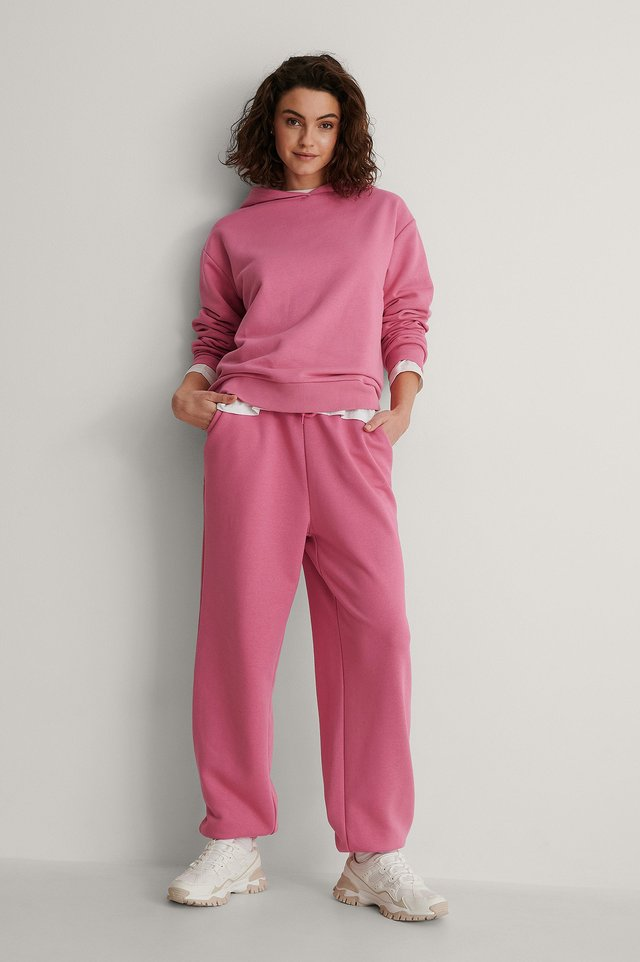 Oversized Drawstring Sweatpants Outfit.