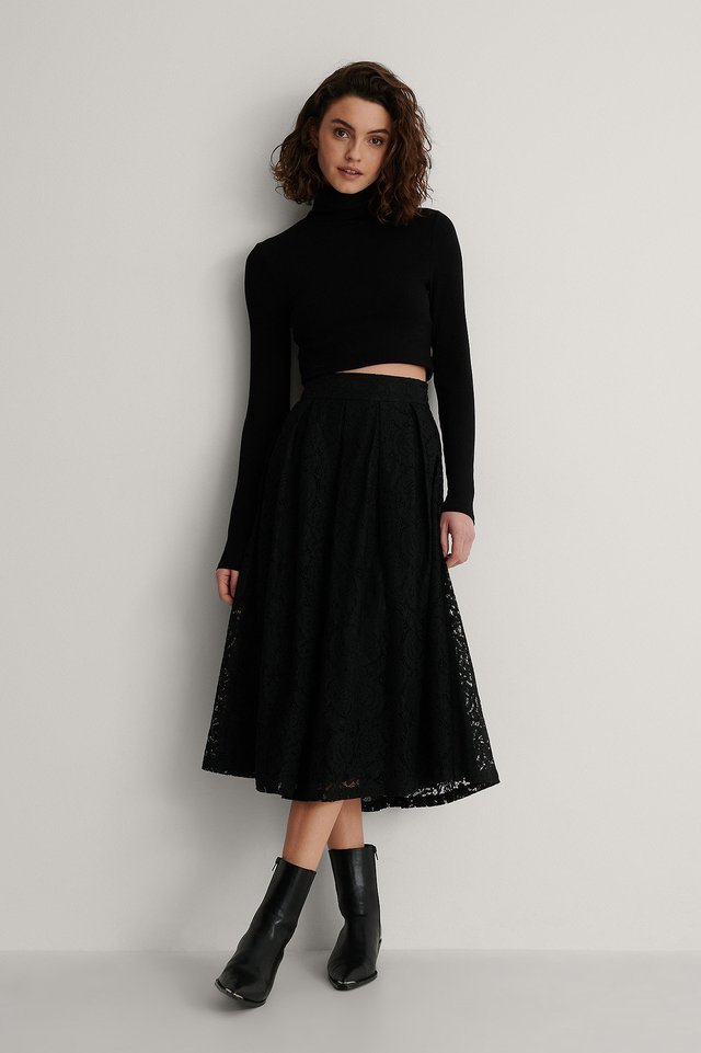 Darted Lace Midi Skirt Outfit.