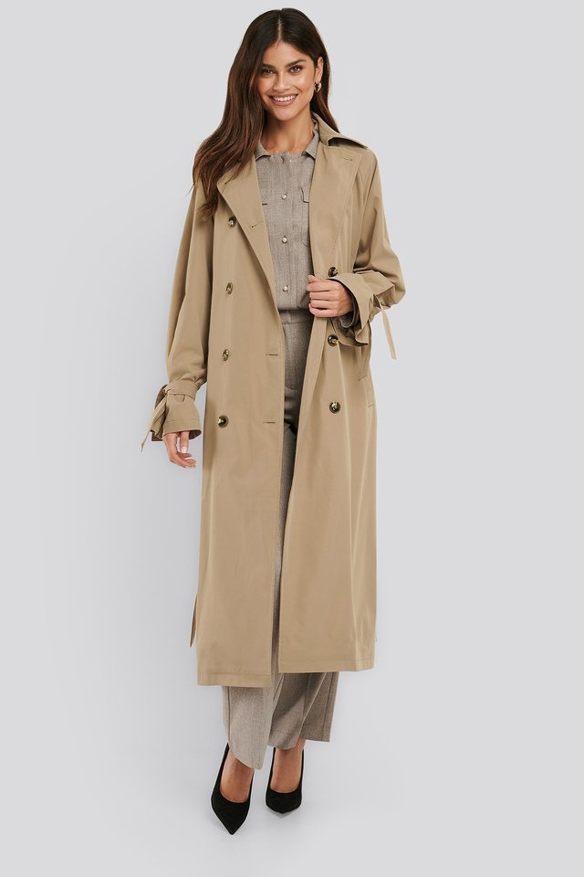 Classic Belted Trench Coat Beige.