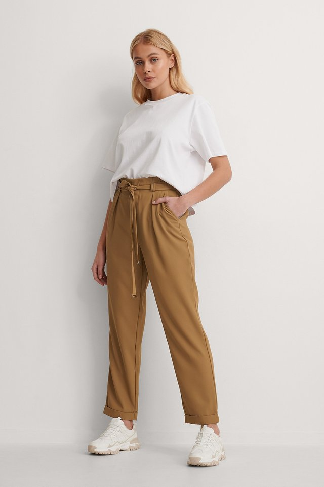 Gold Detail Pants Outfit.