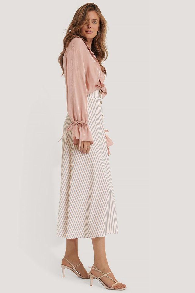Flowy Button Skirt Outfit.