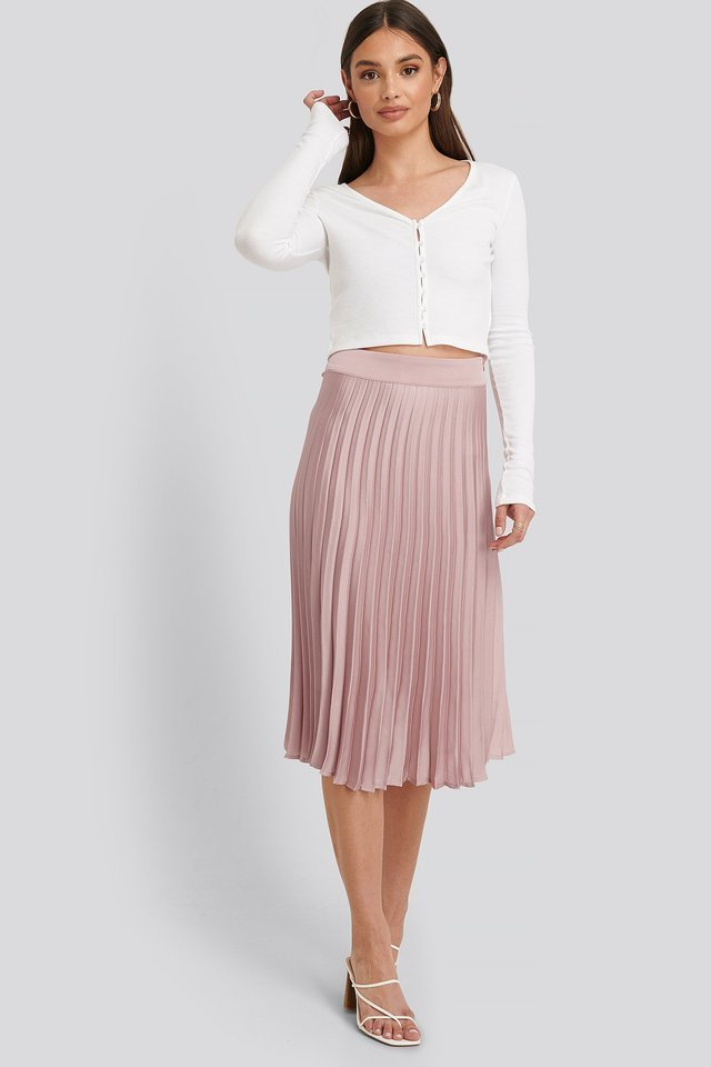 Bianca Pleated Skirt Outfit.