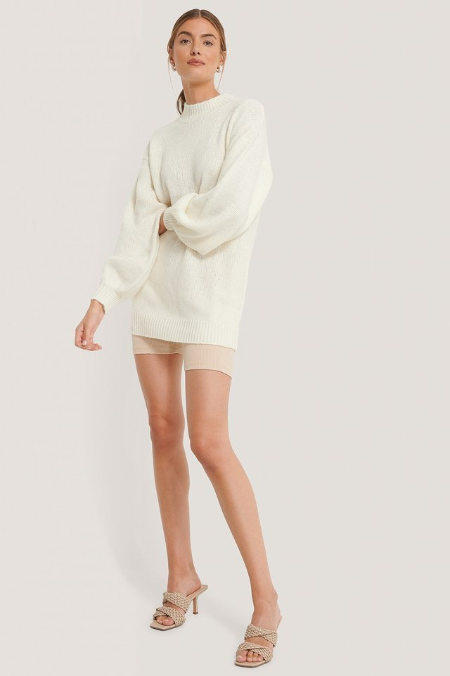 Oversized Long knitted Sweater Outfit.