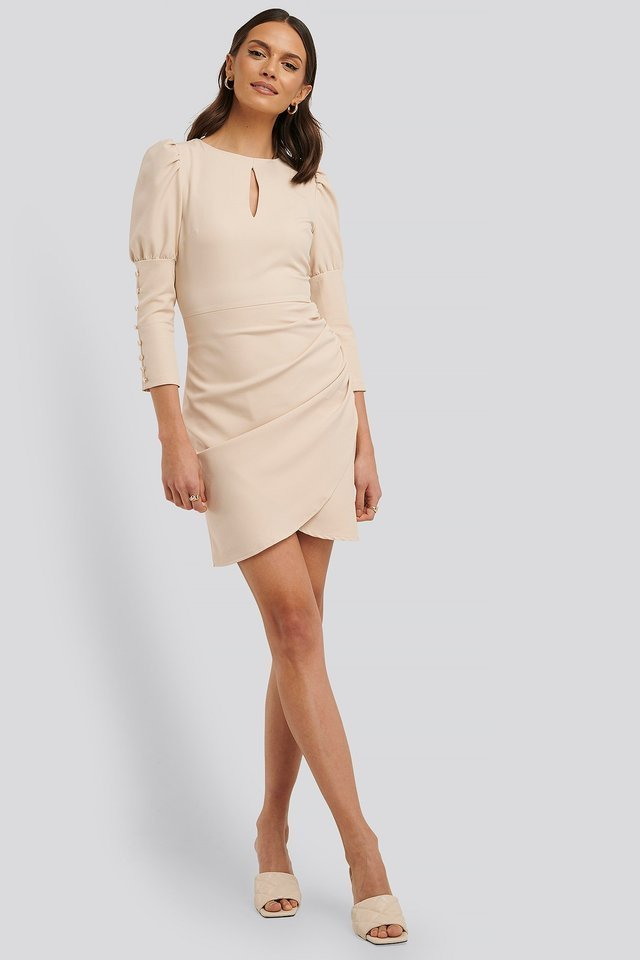 3/4 Button Sleeve Mini Dress Outfit.