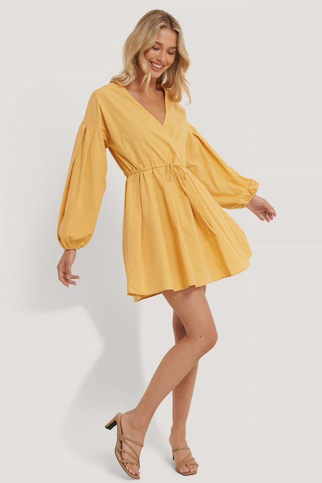 Balloon Sleeve Drawstring Mini Dress Outfit.