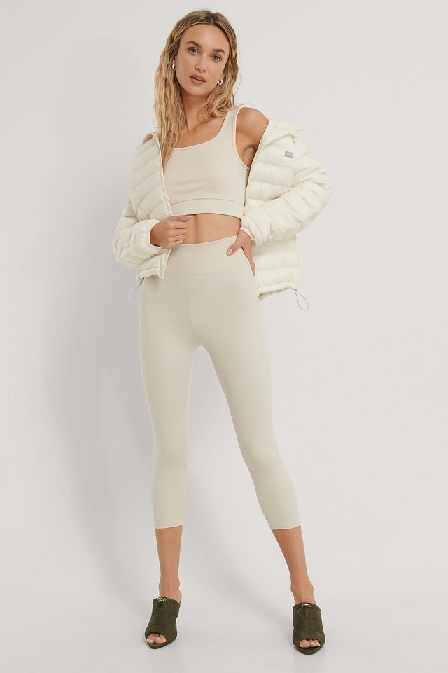 Pandora Packable Jacket White Outfit.