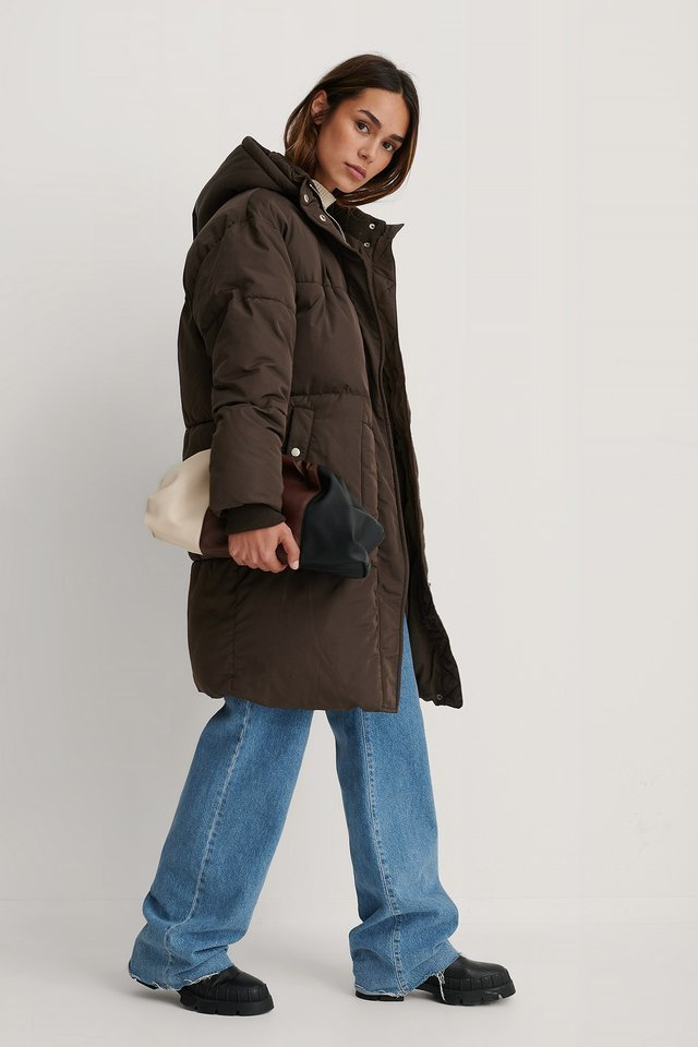 Kira Oversized Pad Jacket Brown Outfit.