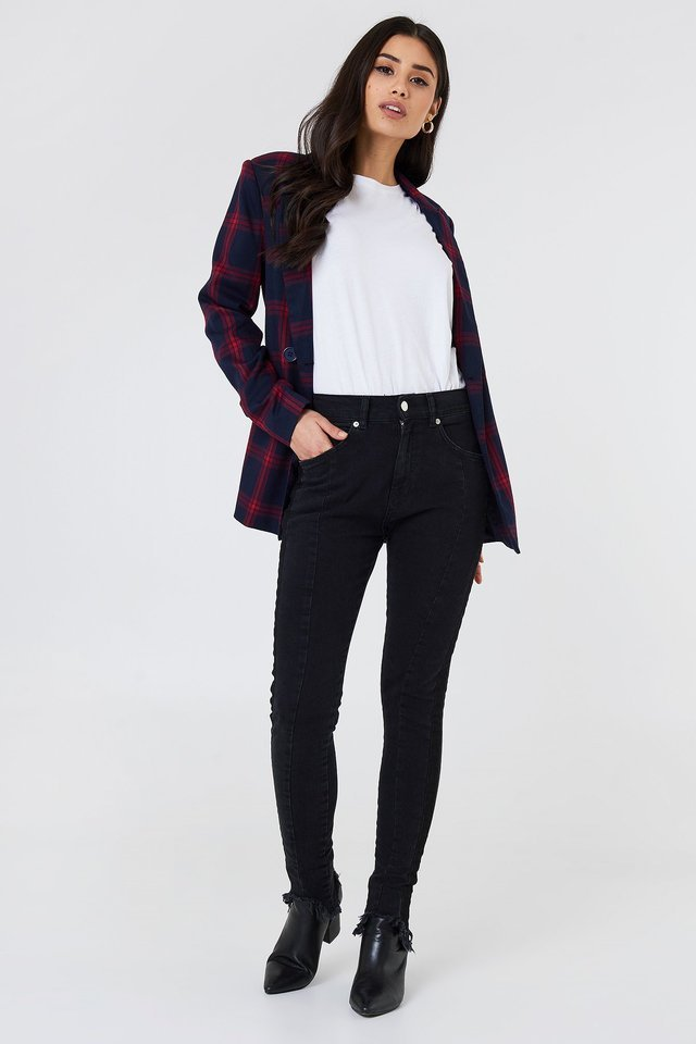 Rounded Hem Panel Jeans Black Outfit.
