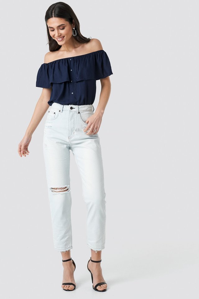 Donna Off Blue Jeans Blue Outfit.