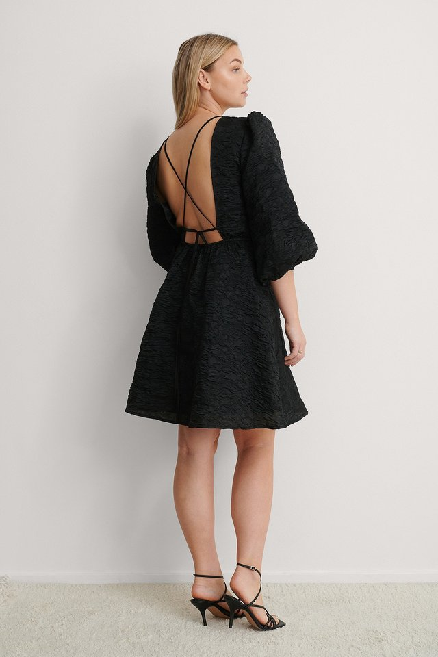 Open back Tie Dress Outfit!