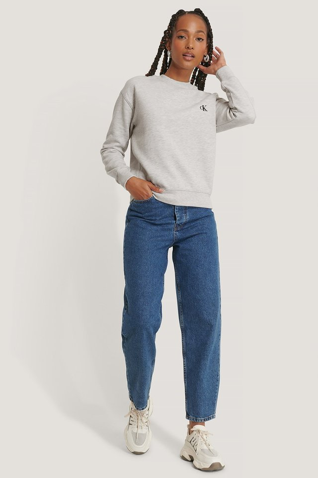 Embroidery Regular Crew Neck Sweater Outfit.
