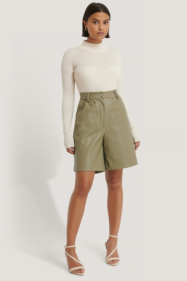Offwhite Ribbed Polo Cropped Knitted Sweater