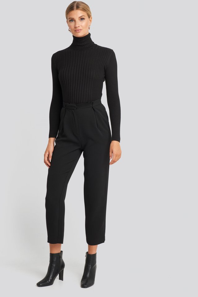 Ribbed Turtleneck Sweater Outfit.