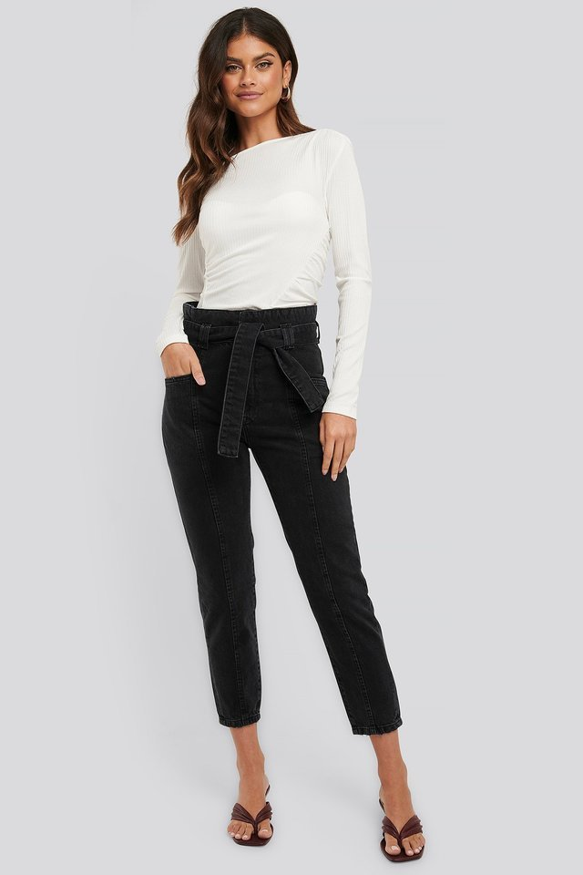 Paper Waist Jeans Black Outfit.