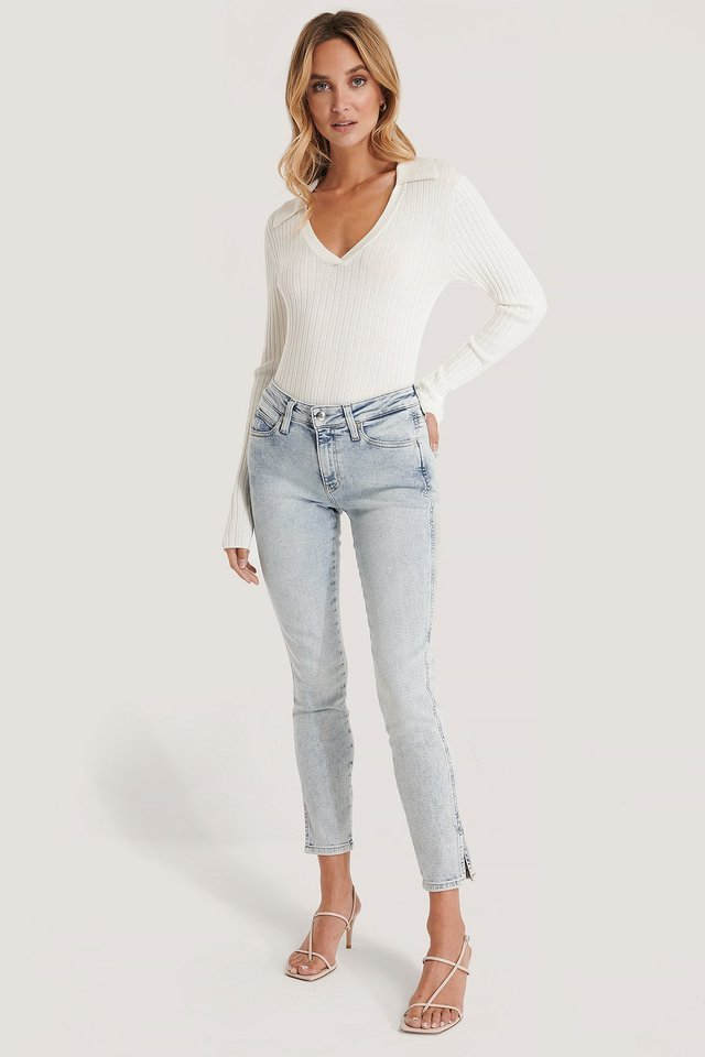 Mid Rise Skinny Ankle Jeans Blue Outfit.