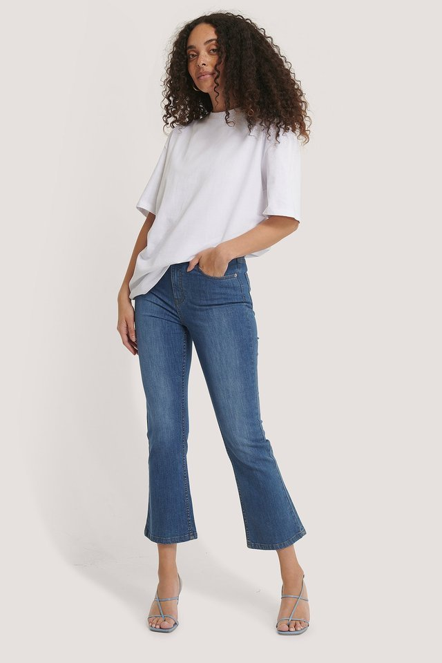 Kick Flare Skinny Jeans Blue Outfit.